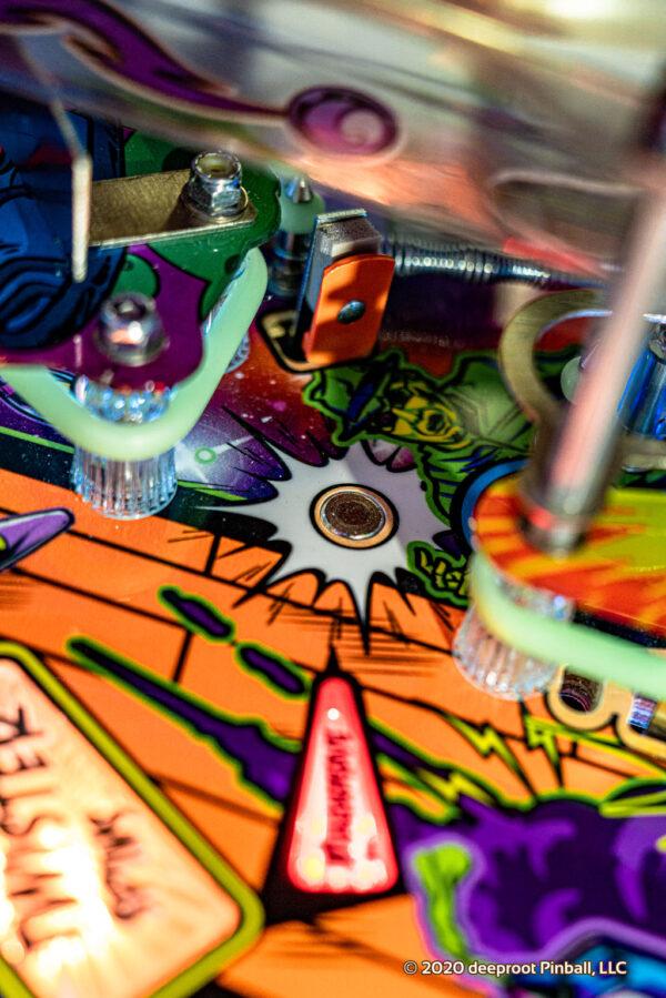 Retro Atomic Zombie Adventureland Magna Save